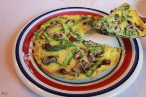 Open-faced Asparagus and Mushroom Omelet_IMG_7234
