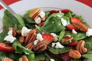 Strawberry & Spinach Salad with a Simple Strawberry