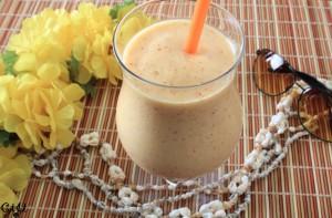 Vegan Nectarine-Banana-Mango Smoothie_IMG_8343