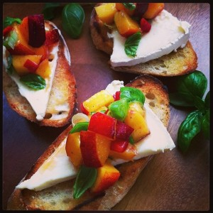 Luisa's peach bruschetta_3_enews