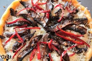 Portobello Mushroom and Fresh Basil Pesto Pizza on Vicolo Corn Meal Crust (unbaked)_sm
