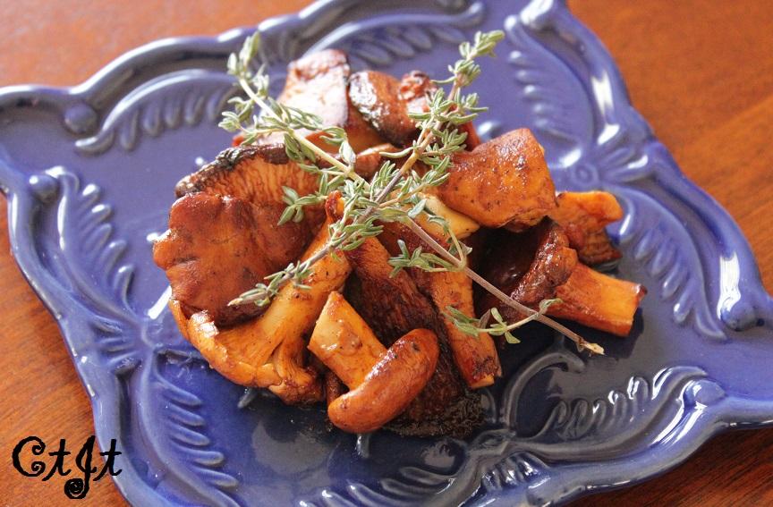 Sautéed Wild Chanterelle Mushrooms with Sigona's Leccino Olive Oil_sm