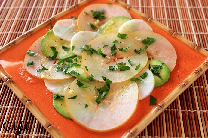 Crisp Asian Pear, Daikon and Avocado Salad with Sigona's Sicilian Lemon Vinaigrette IMG_0754_sm