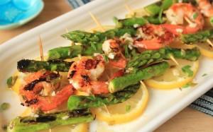 Lemony Asparagus and Shrimp Skewers IMG_9511_E_sm