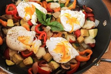 Tomato zucchini skillet breakfast with pearl mozzarella -0065X E (1 of 1)_360