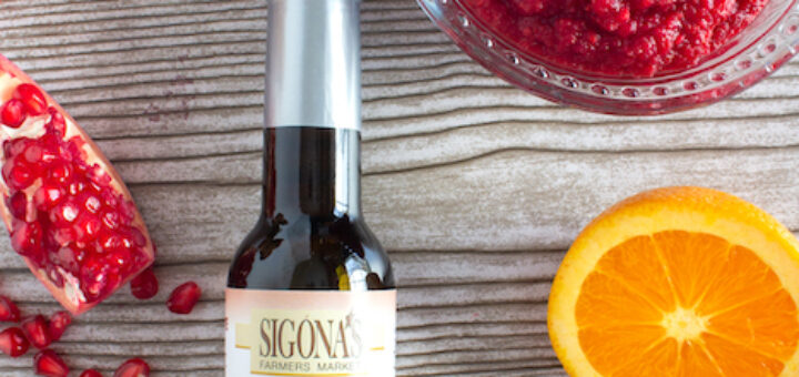 Fresh Cranberry & Orange Relish with Pomegranate-Quince White Balsamic