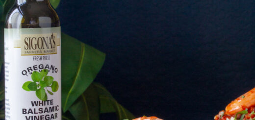 Oregano Balsamic-Spiked Black Beans & Cauliflower Rice with Shrimp
